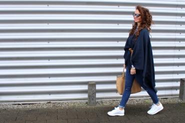 Fashioncircuz by Jenny img_9760a-370x246 LOCKENKOPF IM PONCHO
