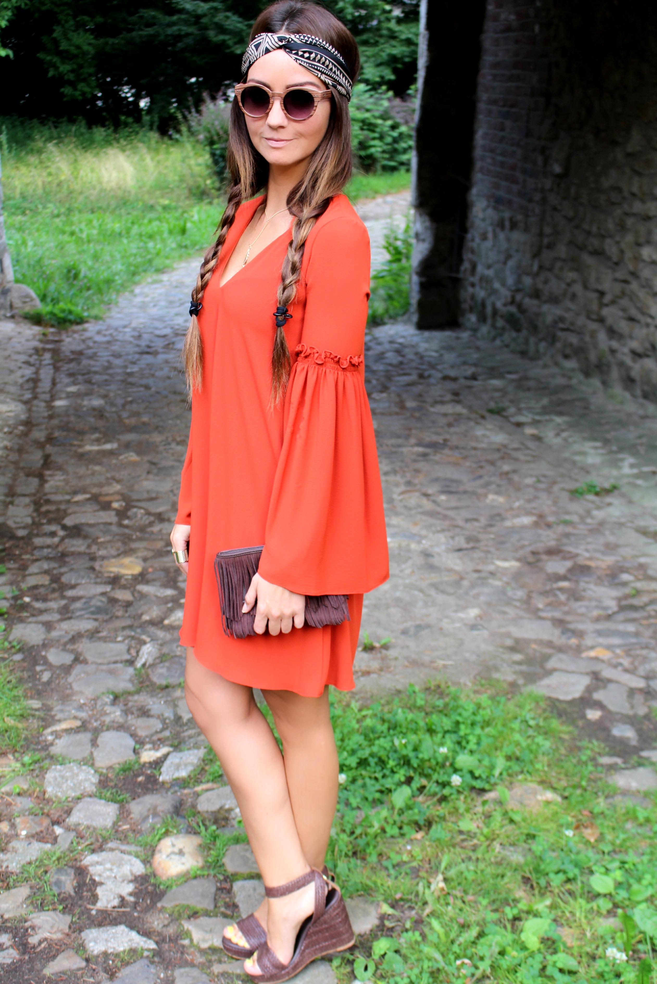 Fashioncircuz by Jenny img_0400a HIPPIEGIRL IN RED