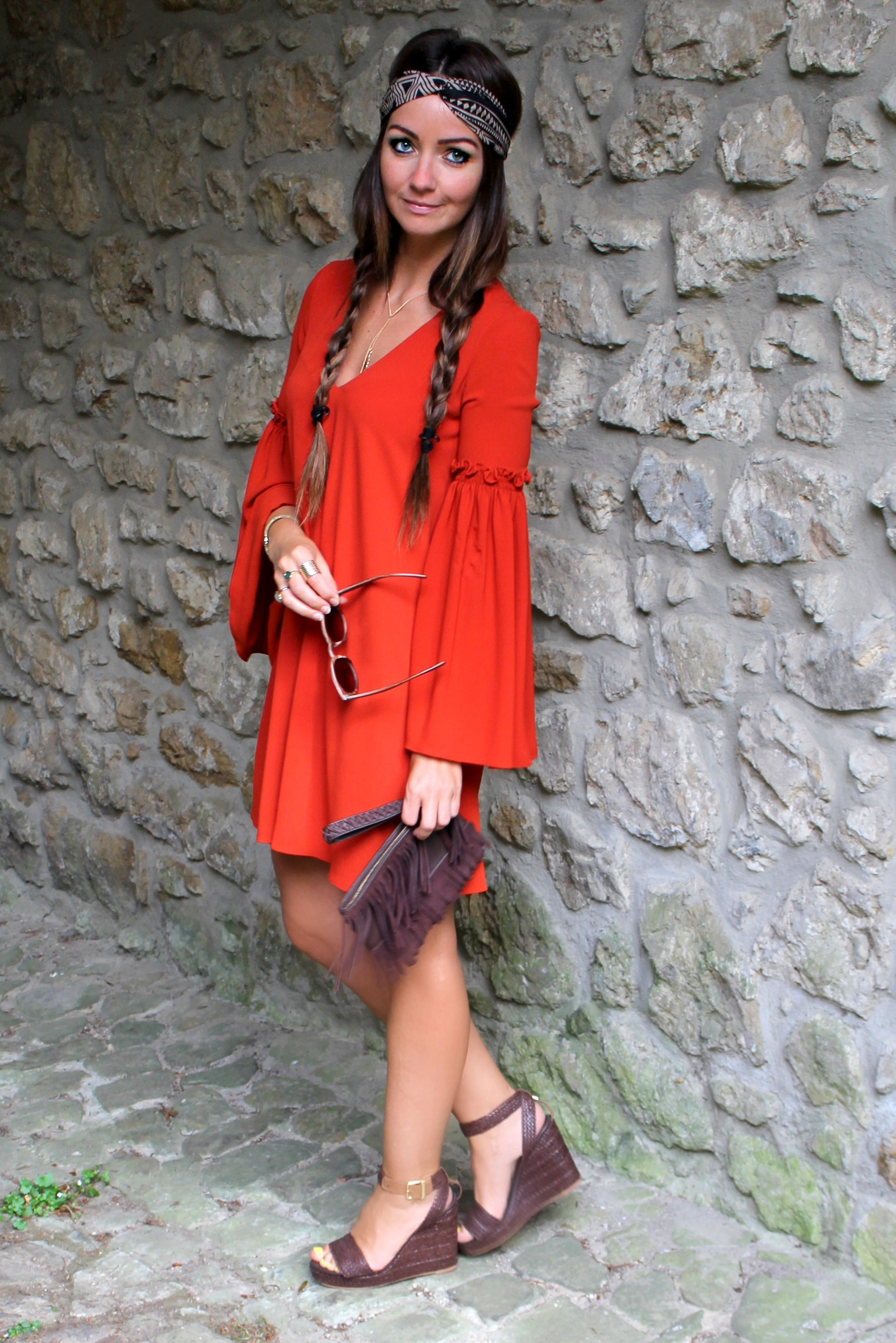 Fashioncircuz by Jenny img_0402a HIPPIEGIRL IN RED
