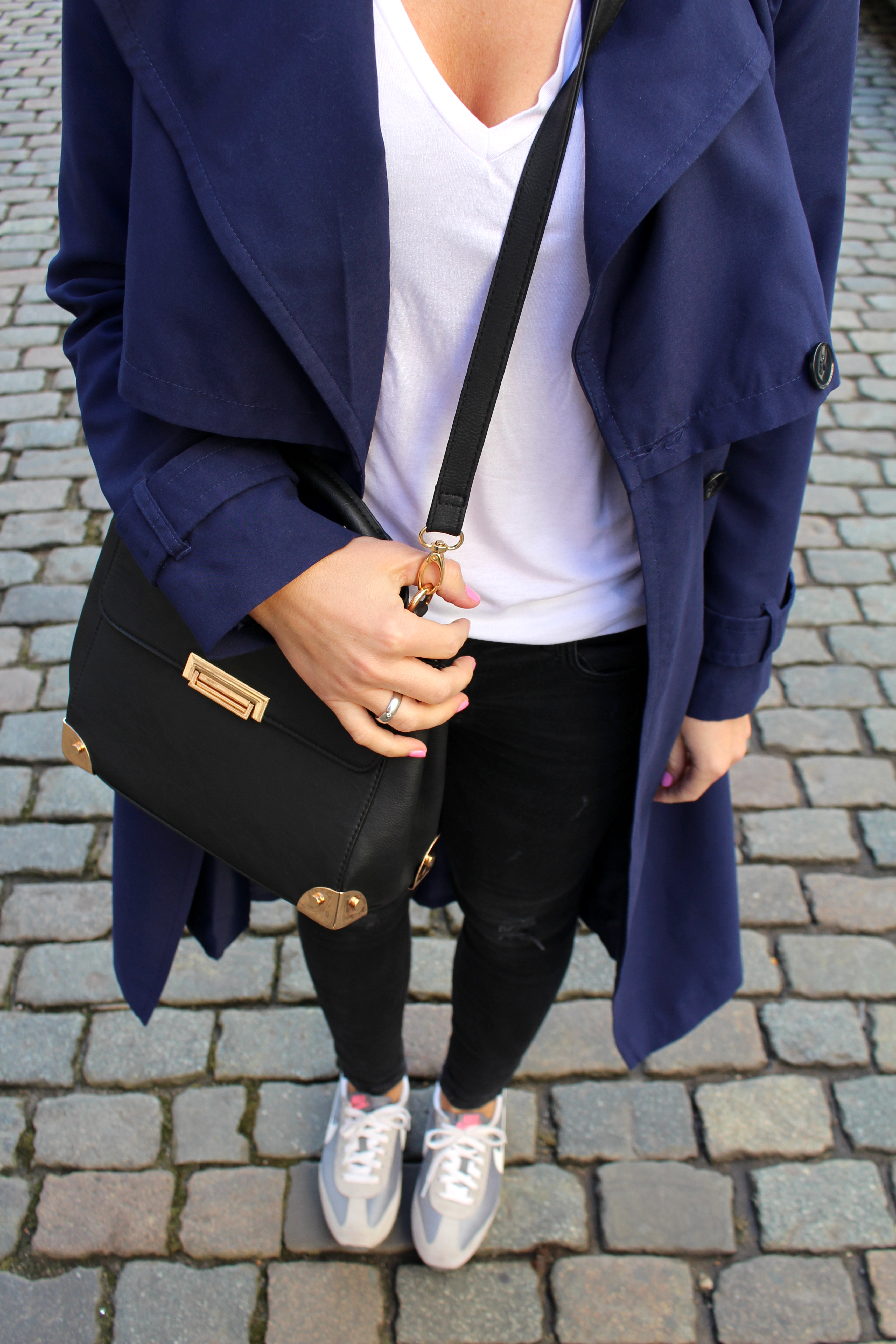 Fashioncircuz by Jenny img_2926 SHADES OF BLUE