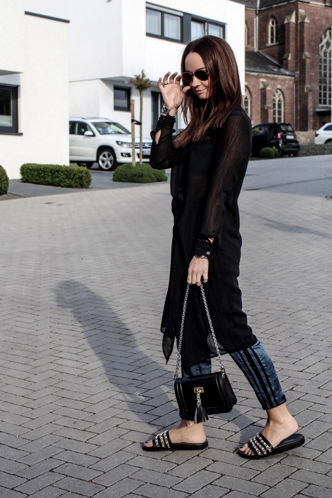 Fashioncircuz by Jenny dalli_caps_waschmittel_fashioncircuz_jennifer__blogger_perlen_portrait_trend_trendcheck-Kopie-1066x1600 Dalli Trendcheck II - PERLEN