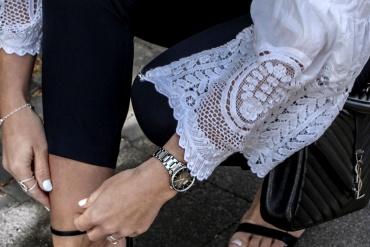 Fashioncircuz by Jenny fashioncircuz_chicwish_outfit_ysl-details-370x247 SPITZENBLUSE ZUR HIGH WAIST HOSE UND HIGH HEELS
