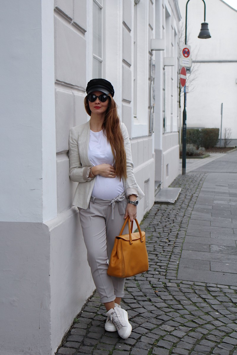 Fashioncircuz by Jenny 62796180-8472-45bc-98d5-242f0e226c88 BABYBBUMP STYLE #1   CASUAL SCHWANGERSCHAFTSLOOK